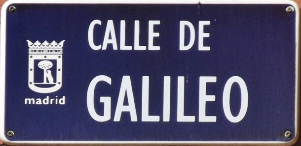 Placa_de_la_calle_de_Galileo_Madrid-1000x487