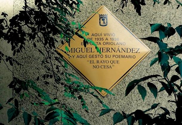 MIGUEL HERNANDEZ PLACA