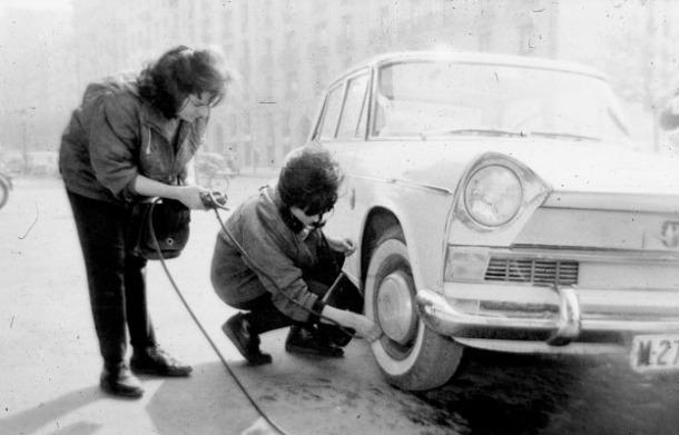 Gasolinera chicas 3