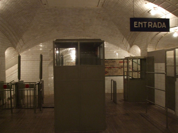 Estacion Chamberi-Museo8bits -CC BY-SA 3.0