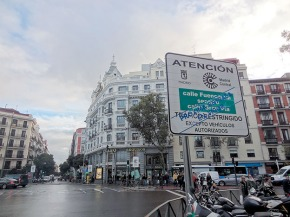 Vecinos y oposición prevén que Madrid Central aumentará los atascos y los humos enChamberí